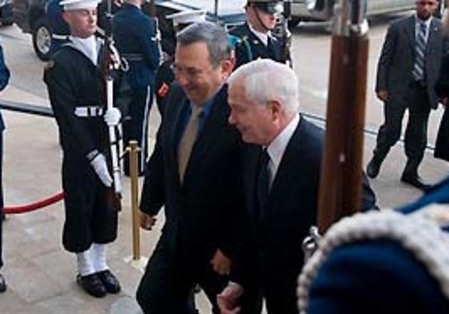 Defense Minister Ehud Barak and US Defense Secreta
