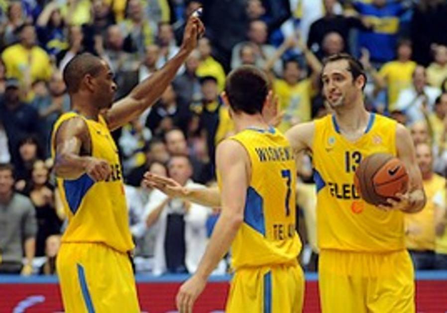 Maccabi Tel Aviv celebrates victory.