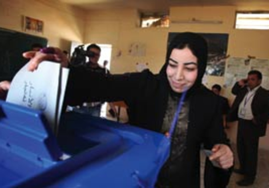 Elections in Iraq (AP).