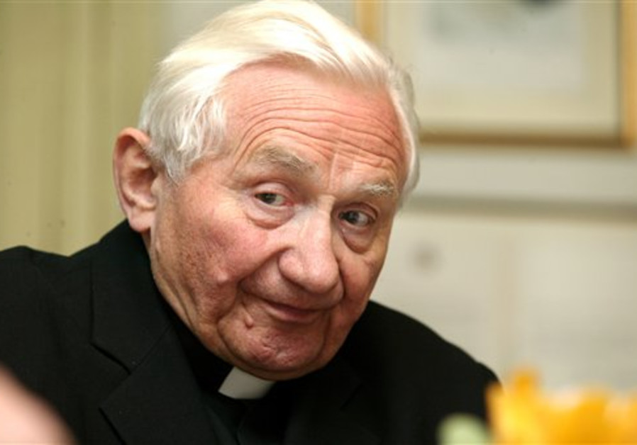 In this April 20, 2005 file photo, Georg Ratzinger