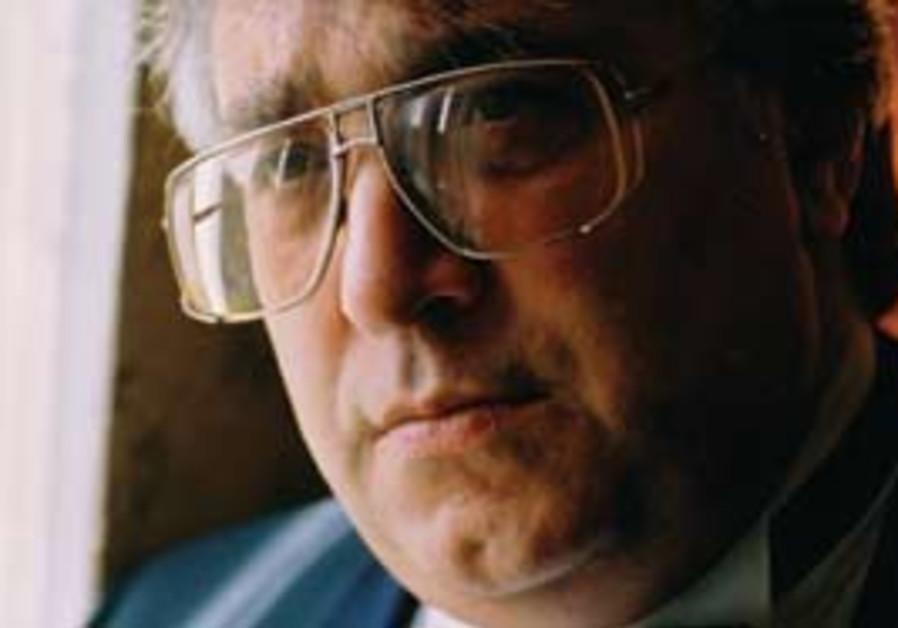 Farhad Badalbeyli.