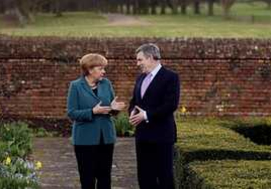 British Prime Minister Gordon Brown and German Cha