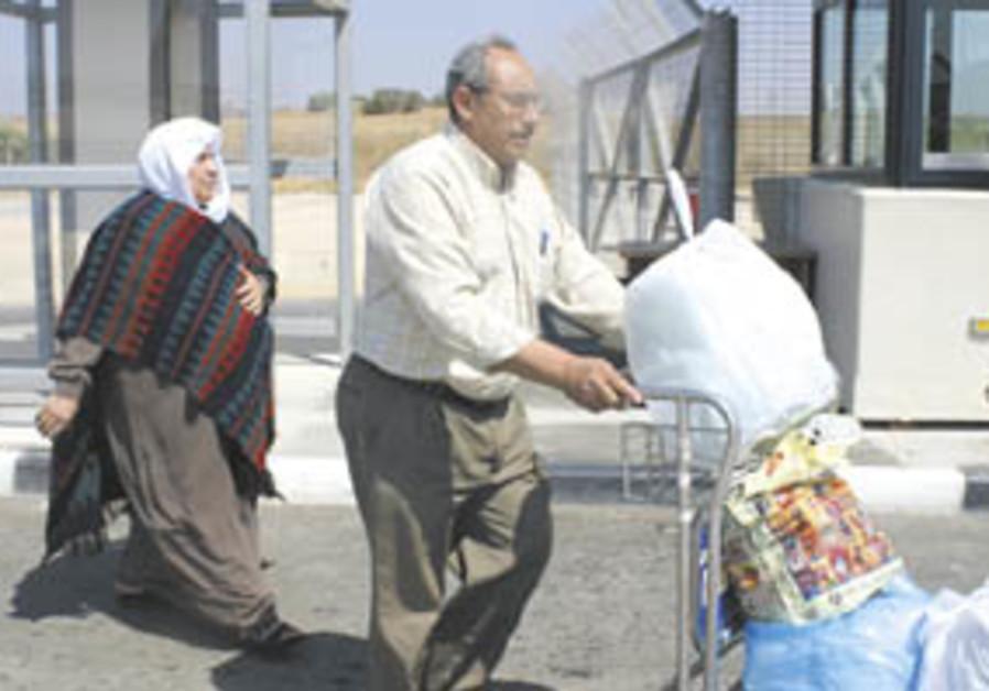 Despite everything, some Gazans return home
