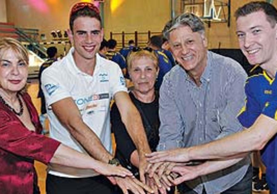 Ralph Klein's wife Ruthy (center), legendary Macca