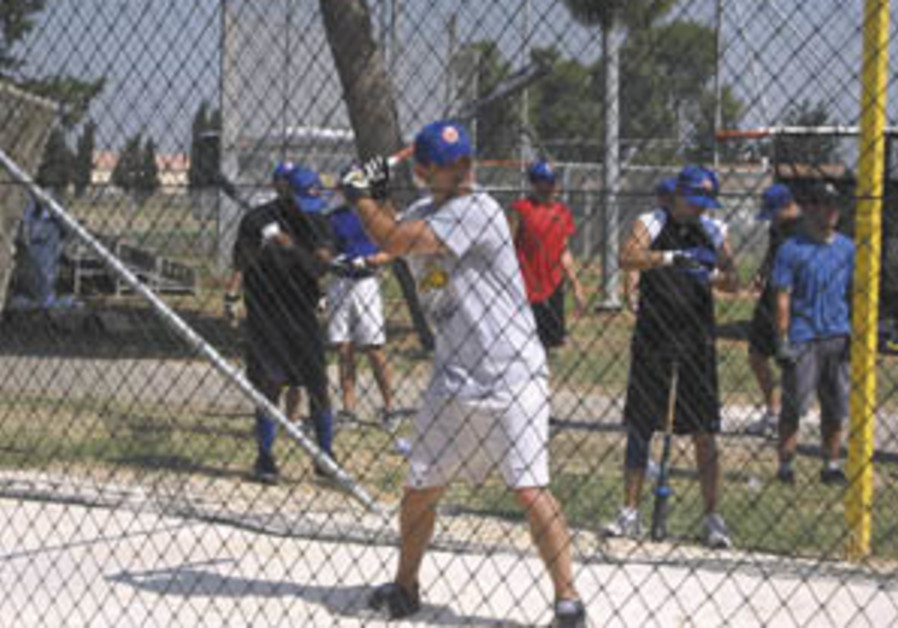 IBL: Blue Sox trounces Miracle to stay on top