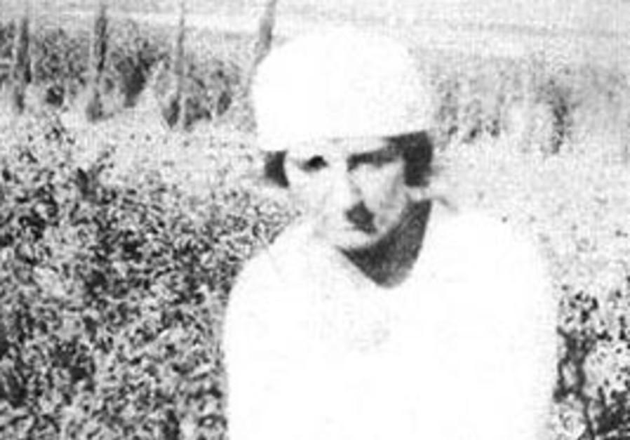 Golda Meir working in Kibbutz Merhavia in the 1920