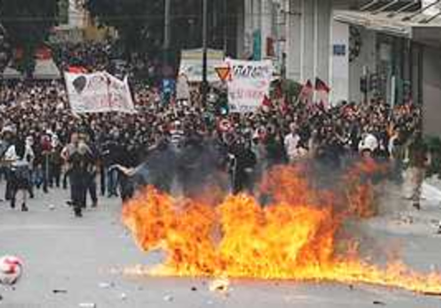 Riots in Athens. (AP)