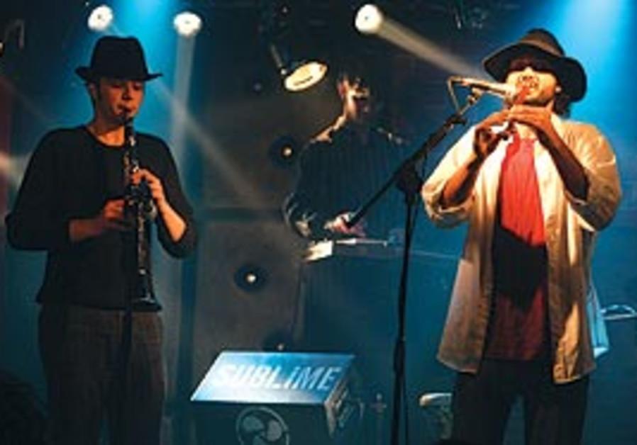 Tibi Golan (right)