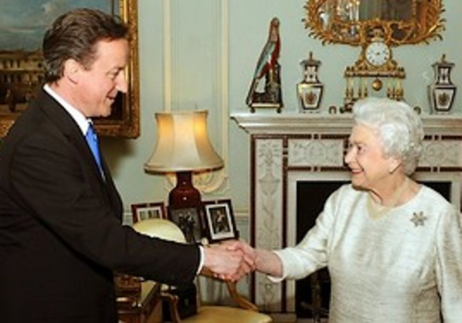 Queen asks Conservative leader David Cameron to fo