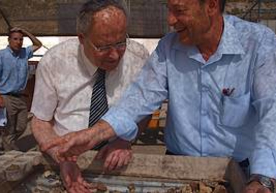 MKs Zevulun Orlev (Habayit Hayehudi), at left, and