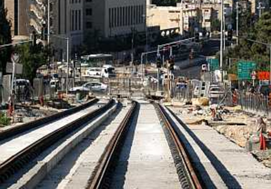 Tel Aviv light rail project may be stopped in its tracks