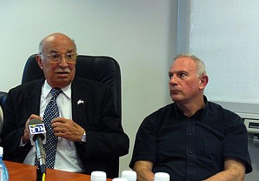 Cancer Association demands Ben-Yizri worry about poor