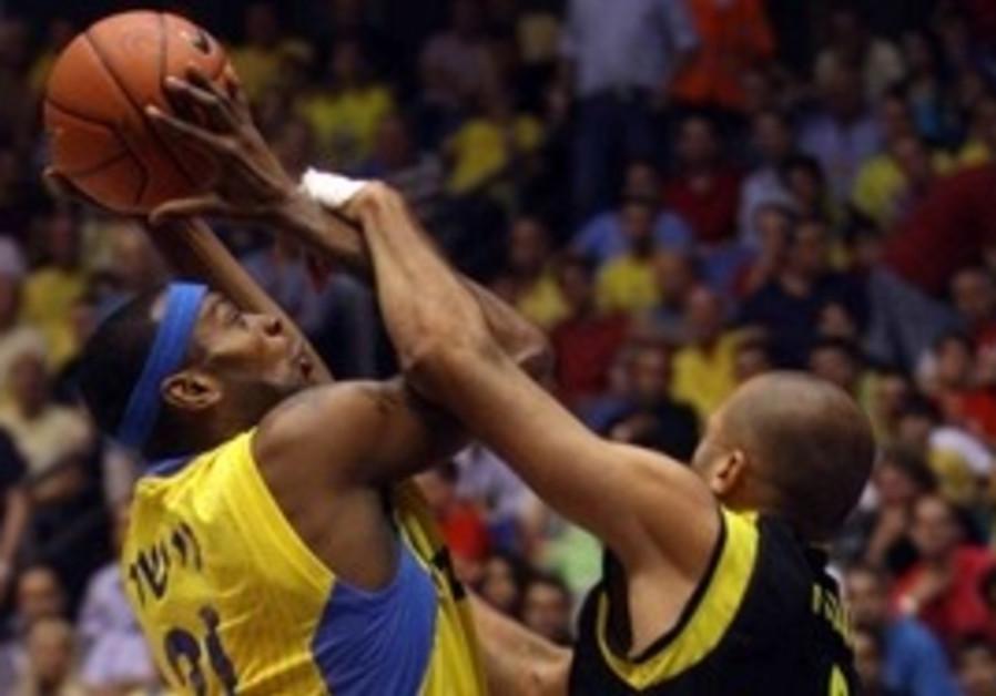 Maccabi's D'or Fischer