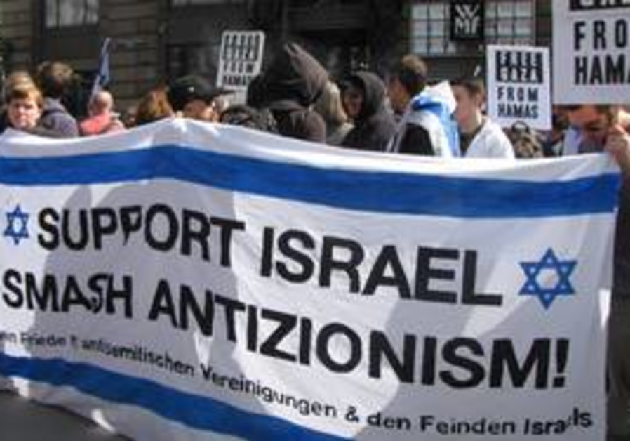 Vennese demo in support of Israel