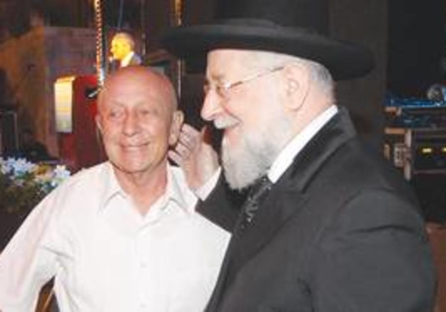 TEL AVIV Chief Rabbi Yisrael Meir Lau bids farewel