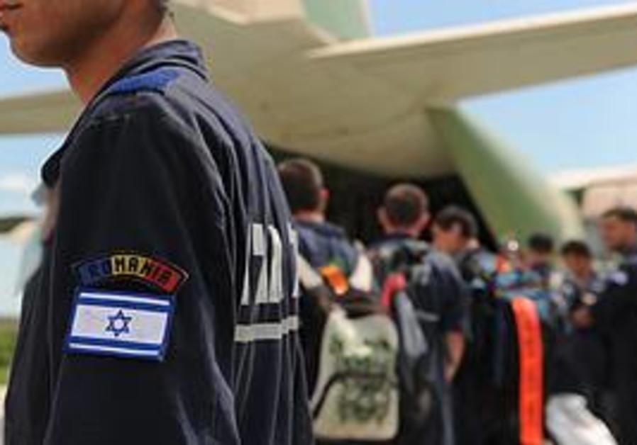 IDF crews prepare to return from Romania