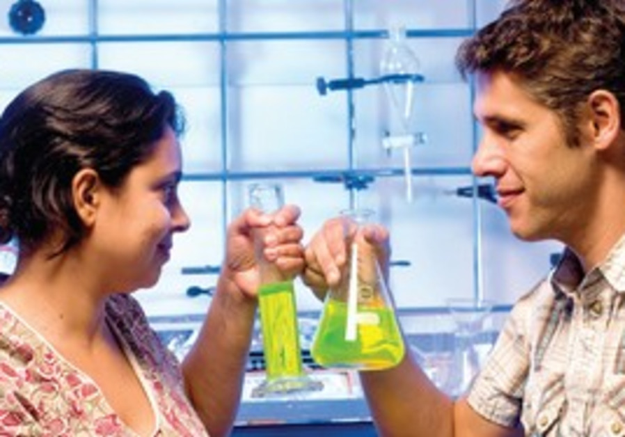 BGU chemists Dr. Lital Alfonta and husband Dr. Michael Meiler have both received ERC grants.