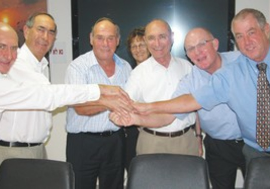 Photo of the meeting where the new agreement was signed.