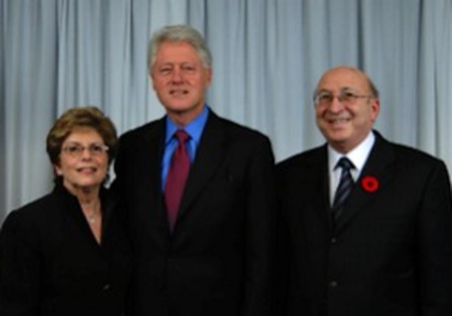 Clinton pic 298