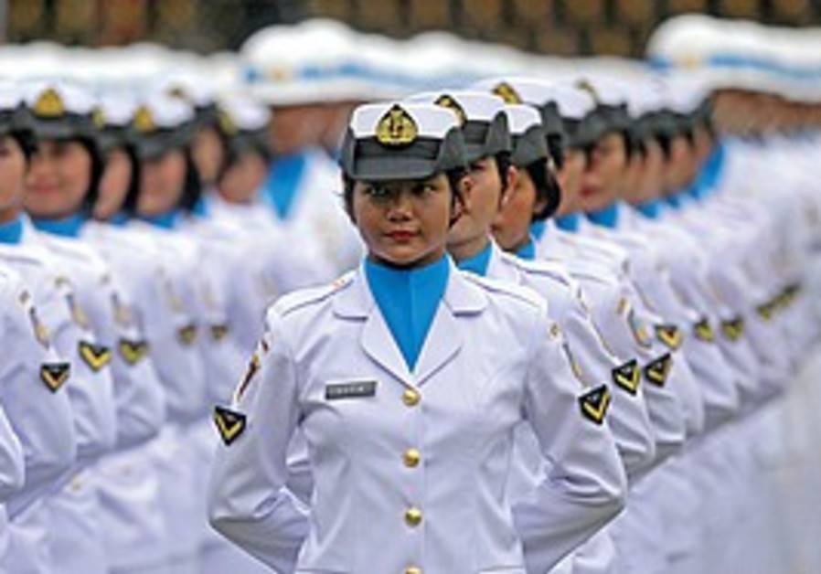 Women sailors in Indonesia
