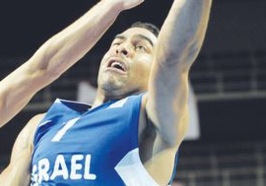 DAVID BLUTHENTHAL contributed eight points in 16 minutes as Israel topped Finland 85-71 in its penul