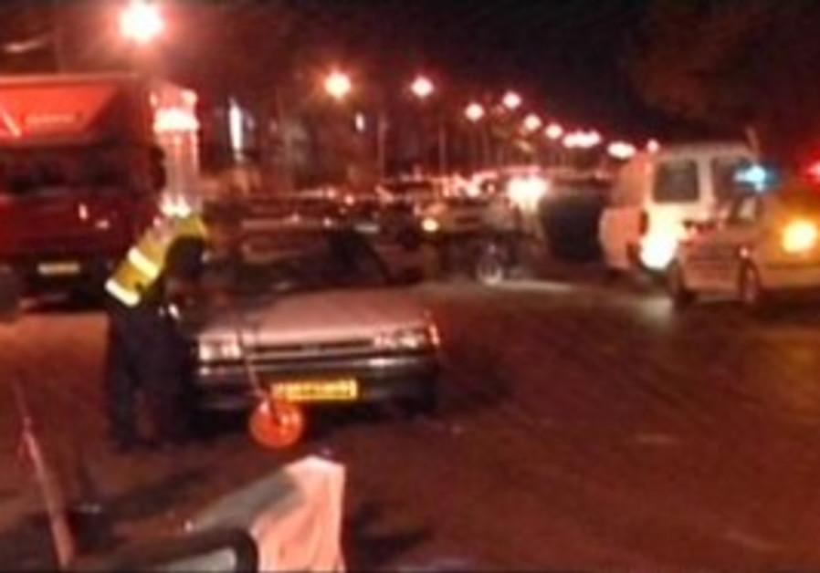 Rehasim accident kills mother, injures 3 children.