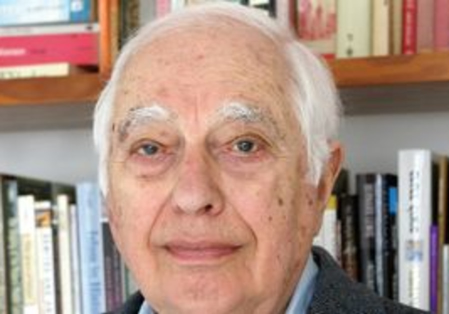 Famed Middles East Studies expert Bernard Lewis