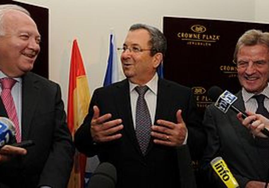 Ehud Barak with Bernard Kouchner and Miguel Morat