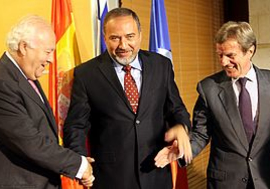 Moratinos, Lieberman and Kouchner
