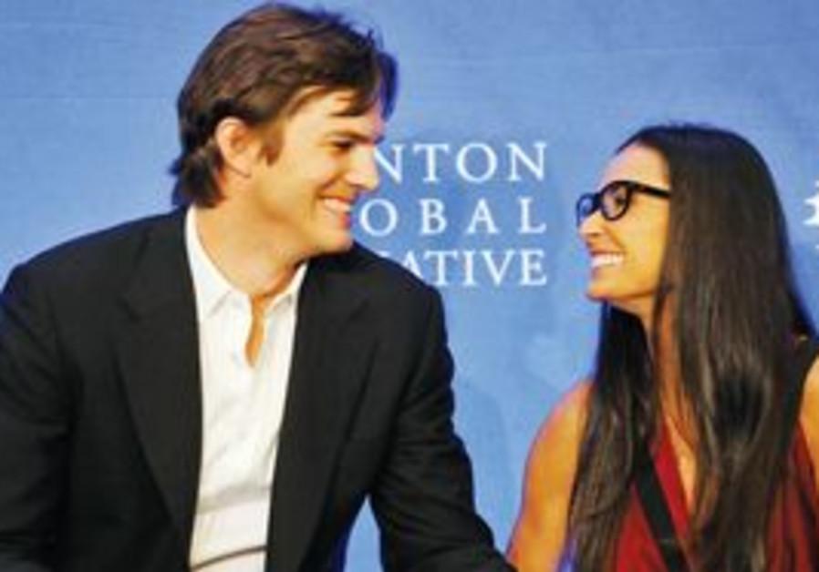 HOLLYWOOD STARS Ashton Kutcher and Demi Moore