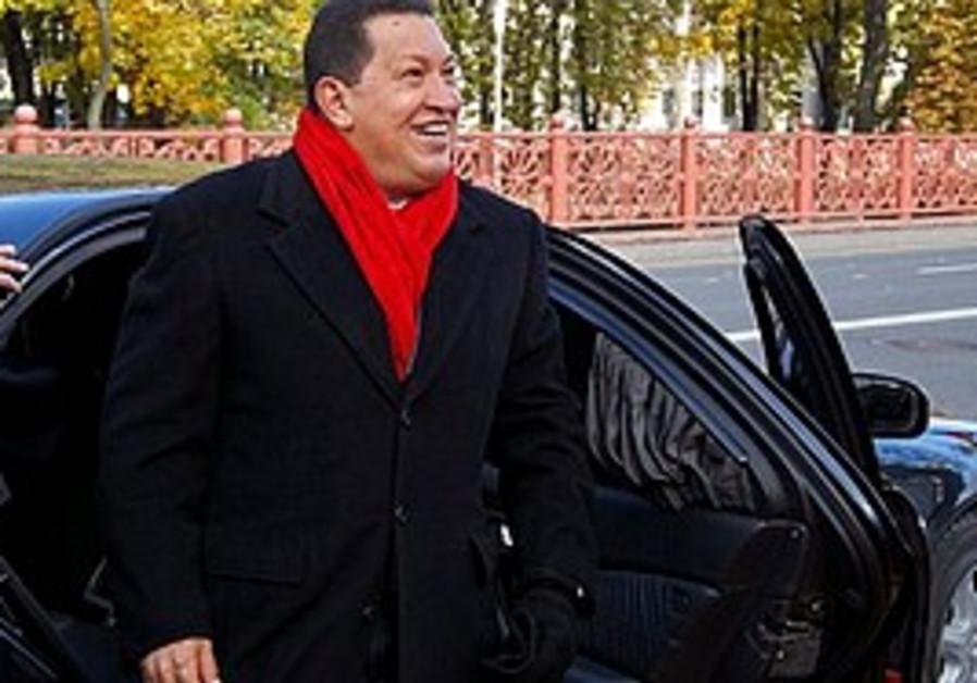 Chavez arrives in Belarus in October