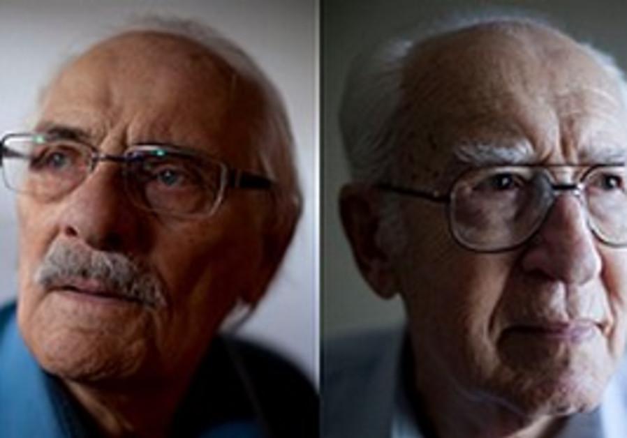 Samuel Willenberg, left, Kalman Teigman, right.