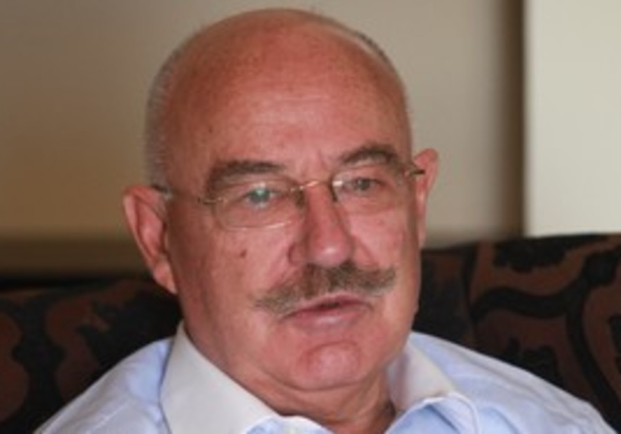 Hungarian FM Janos Martonyi