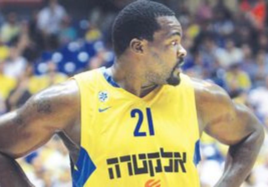 SOFOKLIS SCHORTSANITIS and Maccabi Tel Aviv were h