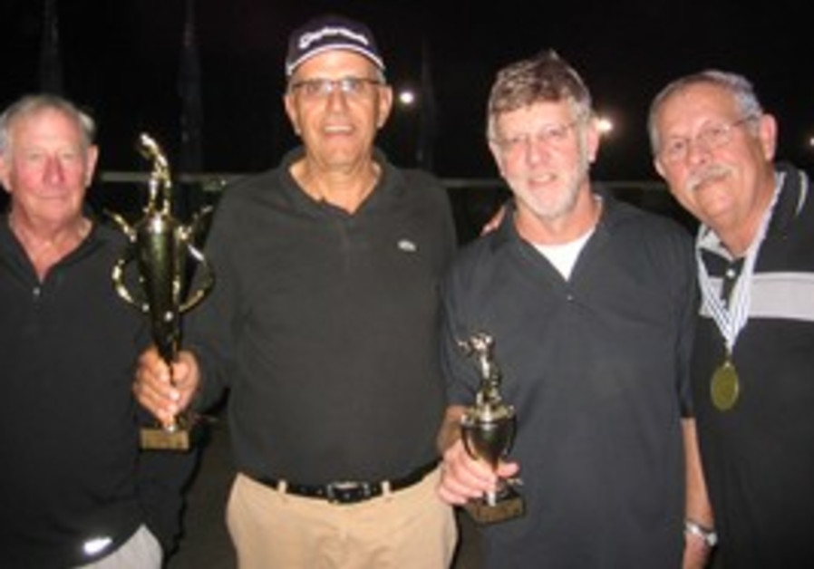 Ga'ash golf Division A winners