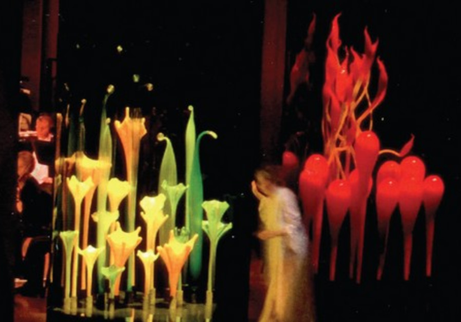 Chihuly designed the set for 'Bluebeard's Castle'