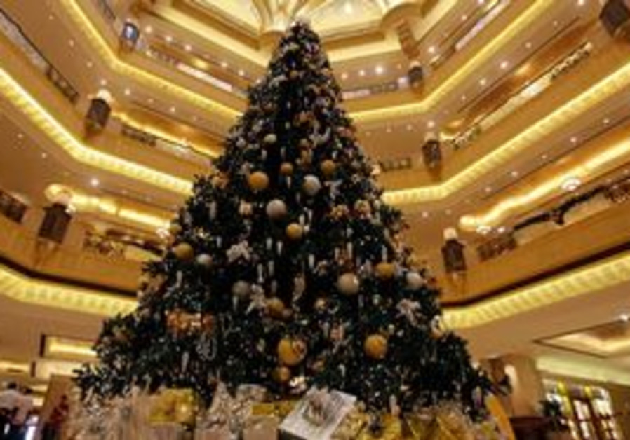 $11m Christmas tree in Abu Dhabi
