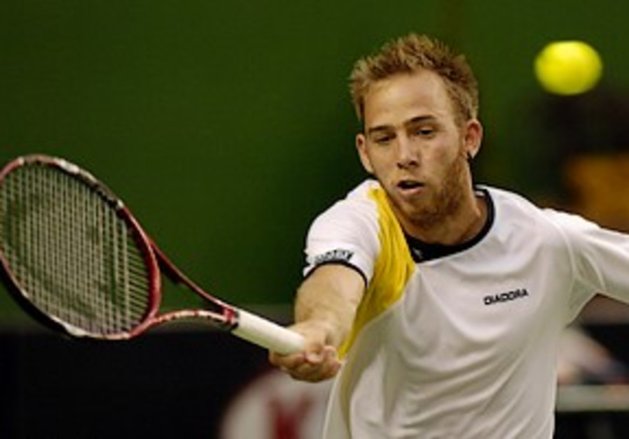 Dudi Sela through to round two