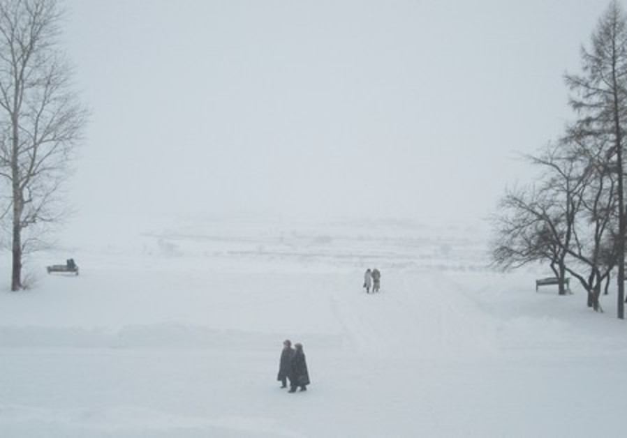 People walking in the snow in Siberia