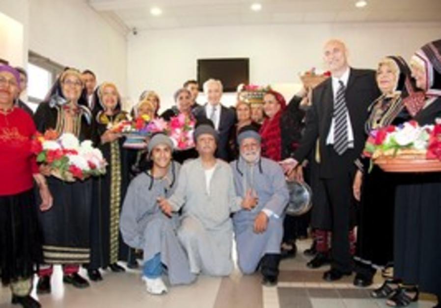 President Peres meets Yemenite immigrants