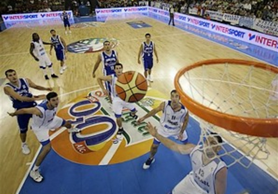 Eurobaskest: Israel edged by Greece in opener