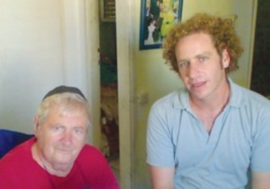 Laad volunteer spends time with Shoah survivor.