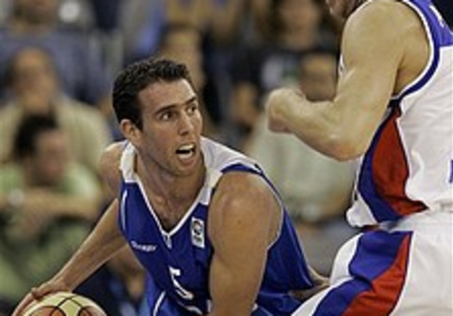 EuroBasket 07: Russia humiliates Israel 90-56