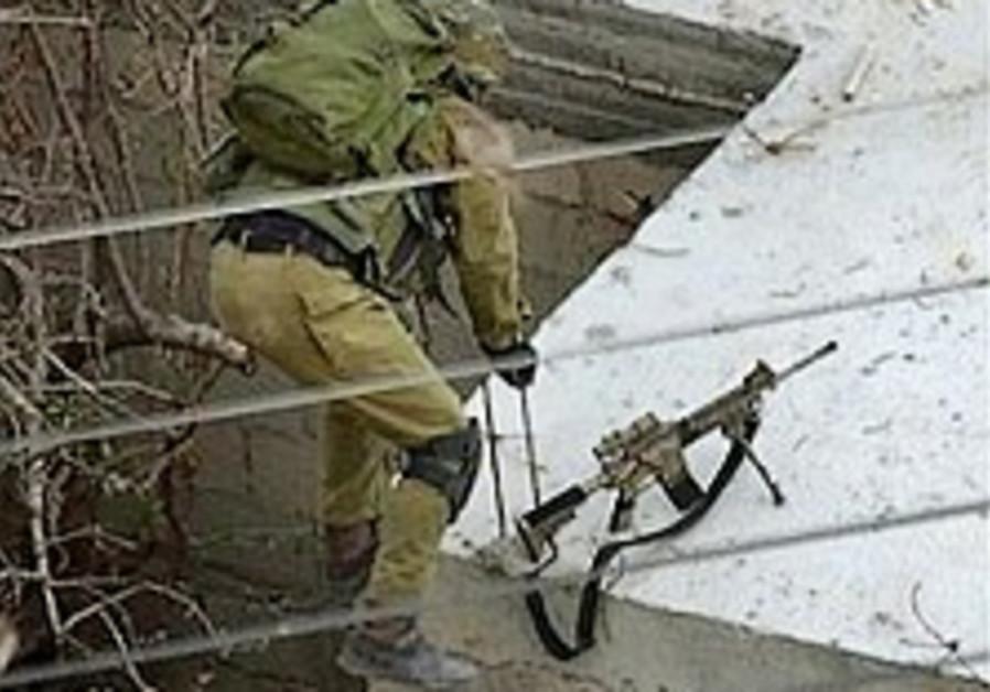 IDF troops nab 2 terror suspects in Nablus