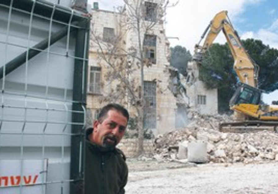 Demolition underway at e. J'lem Shepherd Hotel
