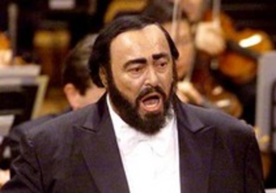 Israeli colleagues mourn Pavarotti