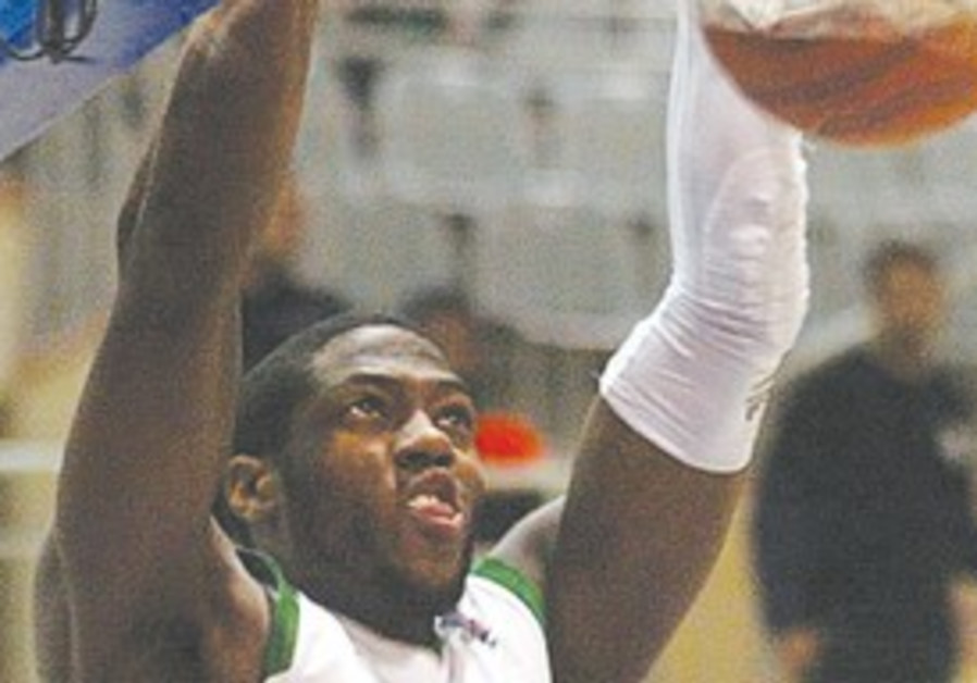 MACCABI HAIFA guard Frank Robinson scored 17 point