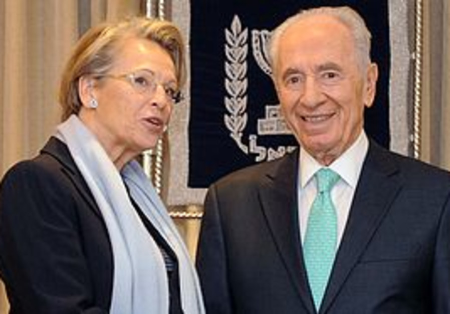 Shimon Peres and Michele Alliot-Marie