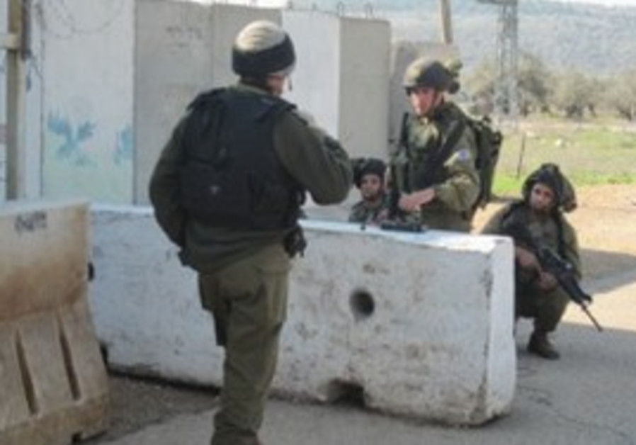 idf soldiers chilling at check point
