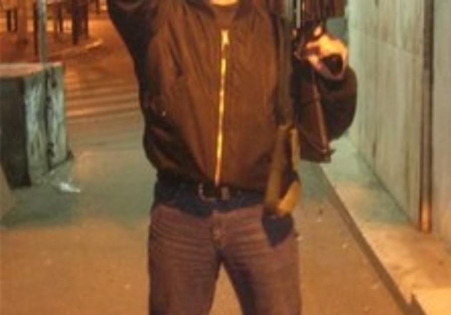 Sheetrit may deport alleged neo-Nazis